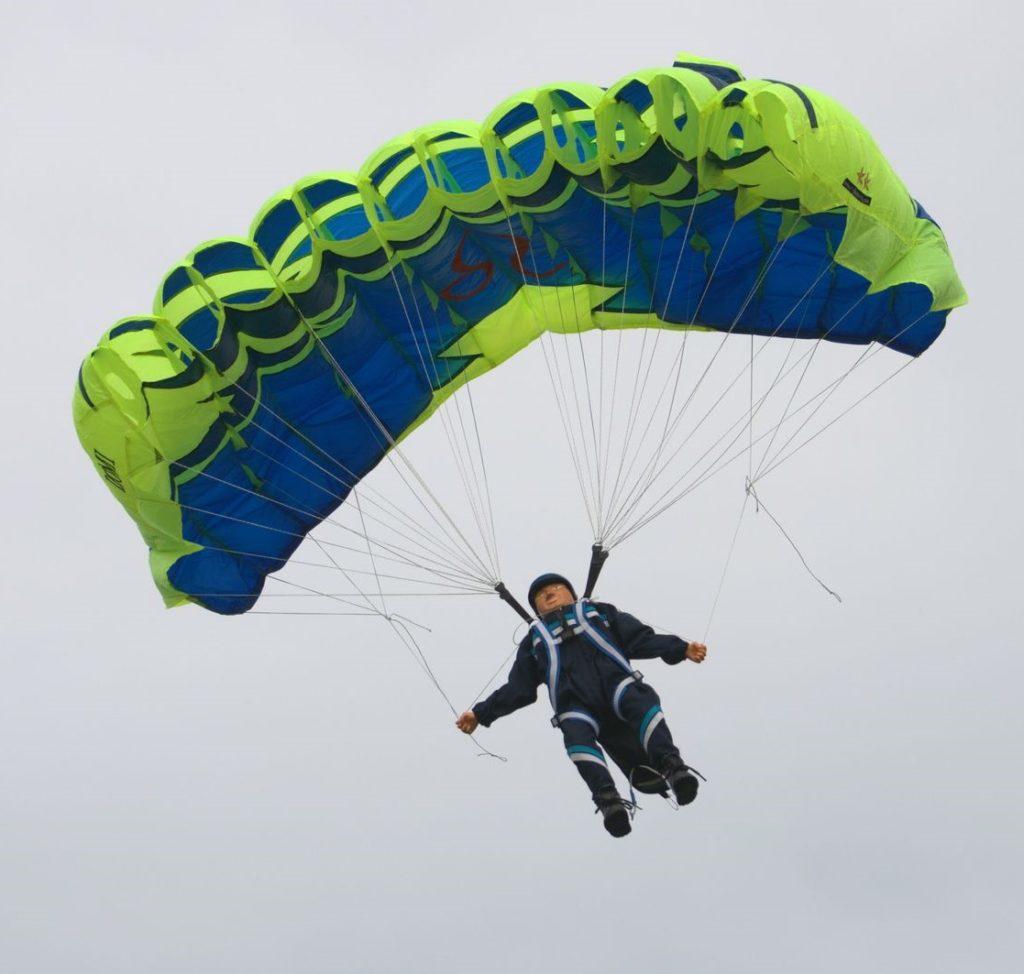 Fallschirmspringer von Dominik Winter