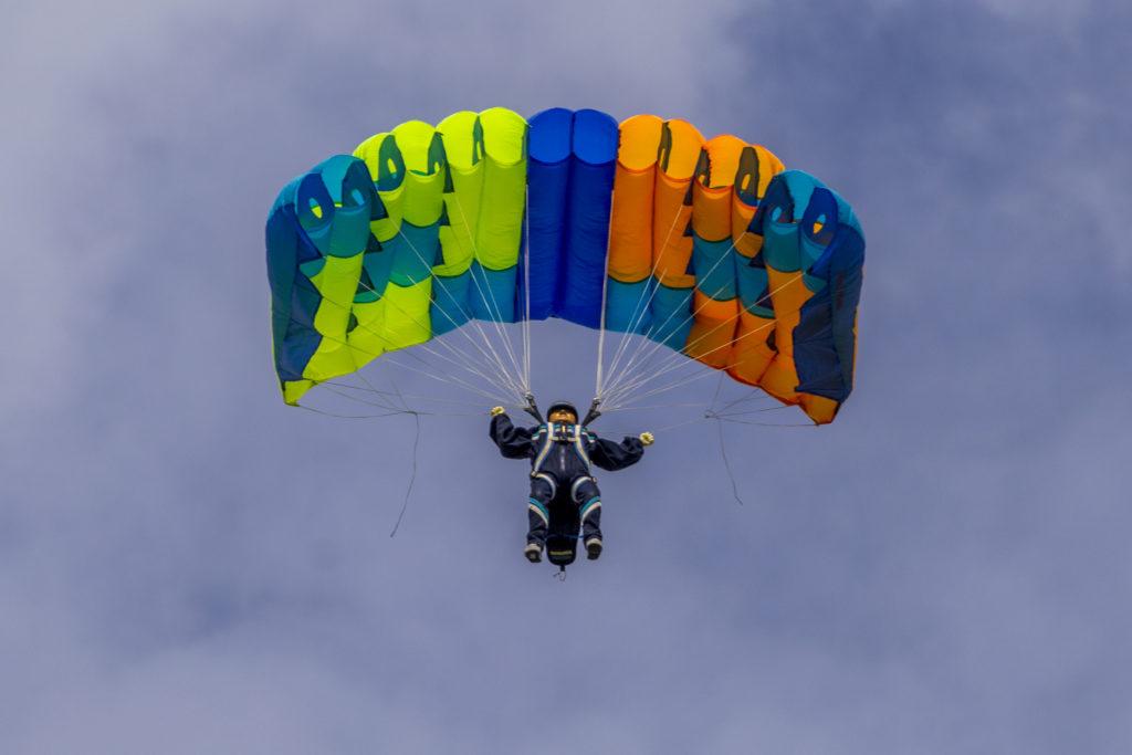 Fallschirmspringer von Helmut Winter